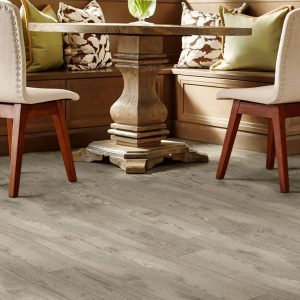 Kingsville oak luxury vinyl tile flooring | Everlast Floors