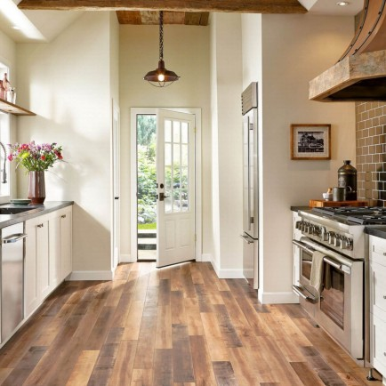 Laminate flooring of kitchen | Everlast Floors