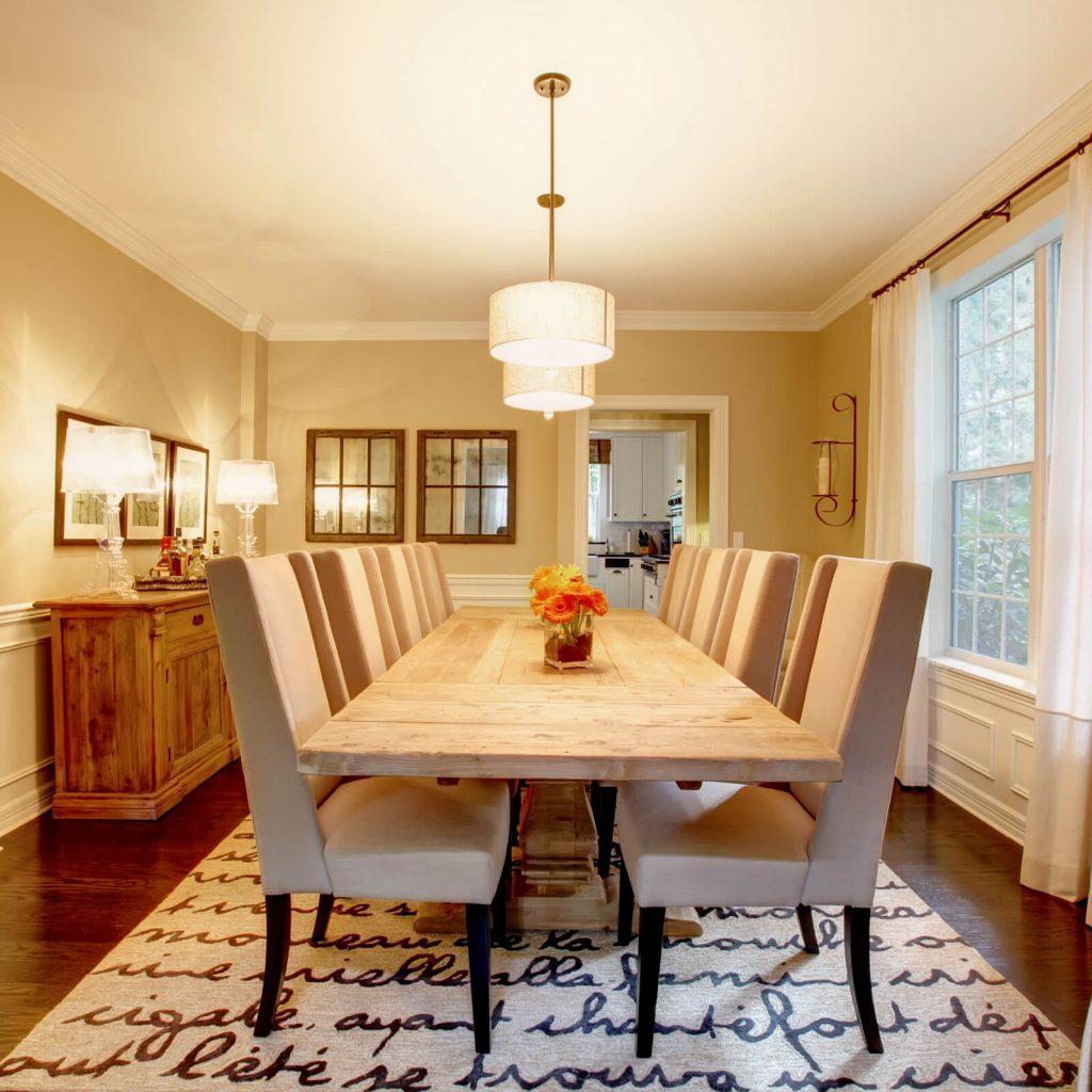 Best Rug for Your Dining Room | Everlast Floors